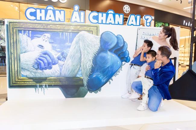 Đăng Khôi - Thủy Anh rủ rê Ốc Thanh Vân ghé thăm ngôi làng tuyết Yeti kỳ lạ giữa lòng Sài Gòn - Ảnh 3.