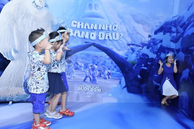 Đăng Khôi - Thủy Anh rủ rê Ốc Thanh Vân ghé thăm ngôi làng tuyết Yeti kỳ lạ giữa lòng Sài Gòn - Ảnh 8.