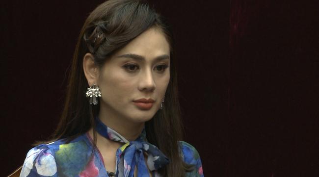 Lâm Khánh Chi bật khóc: Tôi bị nhà chồng kỳ thị, chồng cố tình giấu giếm chuyện qua lại với tình cũ  - Ảnh 2.