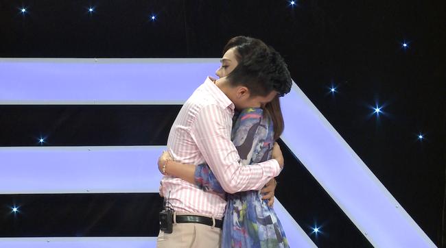 Lâm Khánh Chi bật khóc: Tôi bị nhà chồng kỳ thị, chồng cố tình giấu giếm chuyện qua lại với tình cũ  - Ảnh 5.
