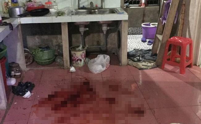 Thanh niên khai nguyên nhân cầm kéo đâm chết vợ 17 tuổi ngay trước bữa cơm vì bị... cằn nhằn - Ảnh 1.
