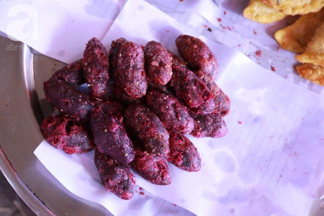 Lạc lối với những món ăn mang vị núi rừng ở chợ phiên nguyên sơ vùng cao Bắc Hà - Ảnh 6.