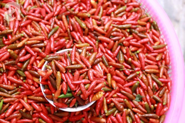 Lạc lối với những món ăn mang vị núi rừng ở chợ phiên nguyên sơ vùng cao Bắc Hà - Ảnh 18.