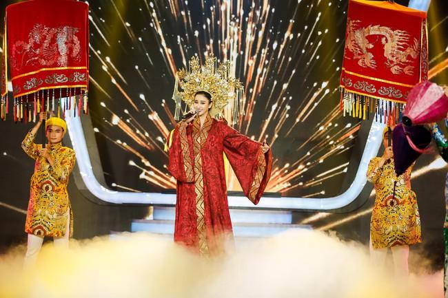 Hóa thân thành con Cám của NSƯT Thành Lộc, Duy Khánh xuất sắc giành ngôi vị Quán quân Gương mặt thân quen 2018 - Ảnh 7.