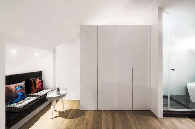 Ngôi nhà cổ 30m² trong ngõ nhỏ được bố và con trai yêu nghệ thuật tự tay thiết kế lại, hoàn hảo đến từng mét vuông - Ảnh 21.