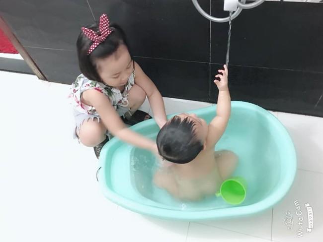Tự đưa mình vào tình huống bận rộn - chiêu dạy con làm việc nhà đâu ra đấy của mẹ Đà Nẵng - Ảnh 6.