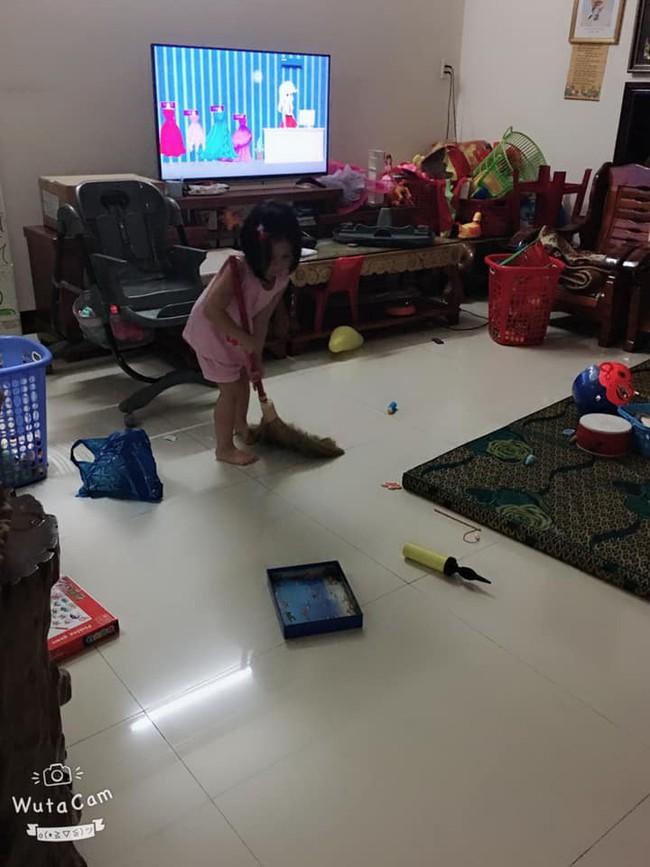 Tự đưa mình vào tình huống bận rộn - chiêu dạy con làm việc nhà đâu ra đấy của mẹ Đà Nẵng - Ảnh 5.