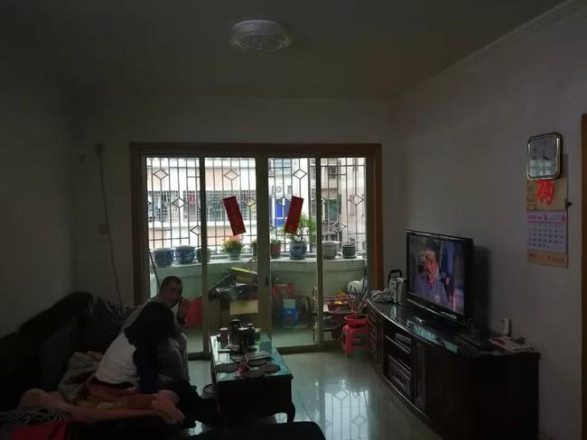 Quyết định cải tạo lại căn hộ tập thể cũ, người đàn ông nhận được cái kết bất ngờ - Ảnh 3.