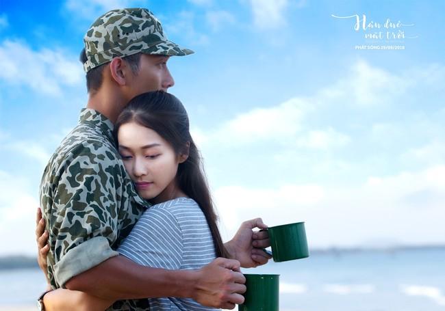 Hậu duệ Mặt trời tung bộ ảnh quân nhân, Song Luân tạo dáng giống hệt Song Joong Ki   - Ảnh 17.