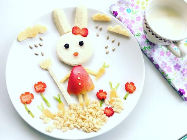 Con kể chuyện gì, mẹ Việt ở Pháp trang trí món ăn tuyệt đẹp theo chủ đề đó - Ảnh 29.