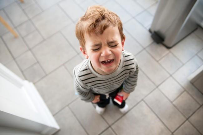 Chẳng cần đòn roi, bố mẹ hãy áp dụng ngay 4 cách phạt con dưới đây để khiến trẻ răm rắp nghe lời - Ảnh 4.