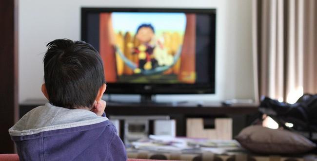 Chẳng cần đòn roi, bố mẹ hãy áp dụng ngay 4 cách phạt con dưới đây để khiến trẻ răm rắp nghe lời - Ảnh 3.