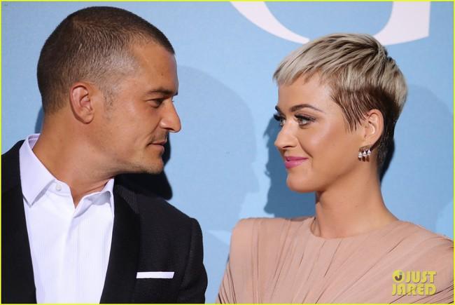 Orlando Bloom 41 tuổi vẫn quá phong độ, khiến bạn gái Katy Perry mải ngắm nhìn tại sự kiện - Ảnh 4.