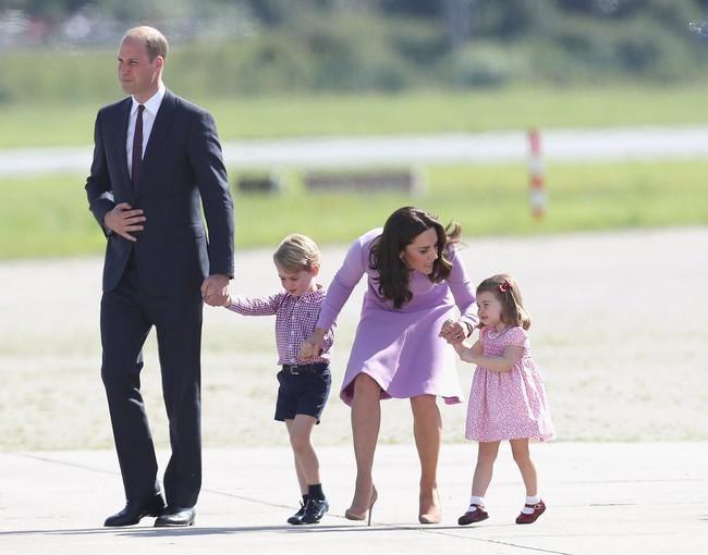 Đây là việc Công nương Kate Middleton luôn làm mỗi khi con mè nheo, cáu gắt và nó thực sự hiệu quả - Ảnh 9.