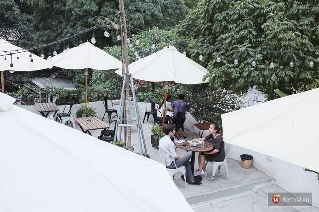 Hà Nội: 3 quán cà phê xanh mướt, mát rượi cực hợp để đi vào những ngày đầu thu - Ảnh 17.