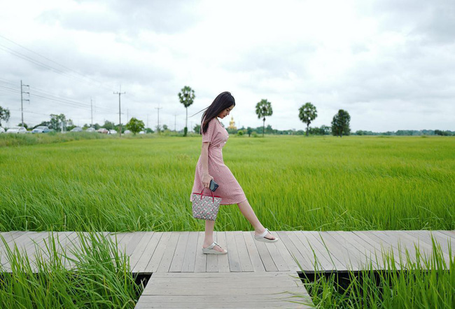 Quán cà phê rộng 30ha, view ruộng lúa bao la xanh ngát ở Thái Lan đang gây sốt rần rần - Ảnh 7.