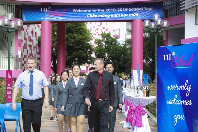Buổi lễ khai giảng đẳng cấp, ngập sắc hồng của TH School - ngôi trường quốc tế hiện đại nhất thủ đô Hà Nội - Ảnh 19.