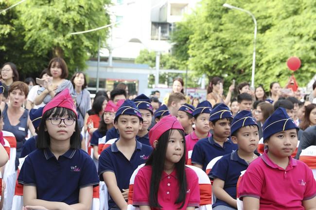 Buổi lễ khai giảng đẳng cấp, ngập sắc hồng của TH School - ngôi trường quốc tế hiện đại nhất thủ đô Hà Nội - Ảnh 13.