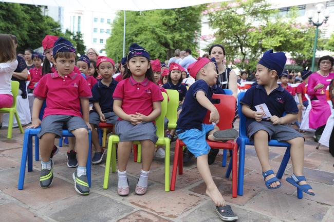 Buổi lễ khai giảng đẳng cấp, ngập sắc hồng của TH School - ngôi trường quốc tế hiện đại nhất thủ đô Hà Nội - Ảnh 2.