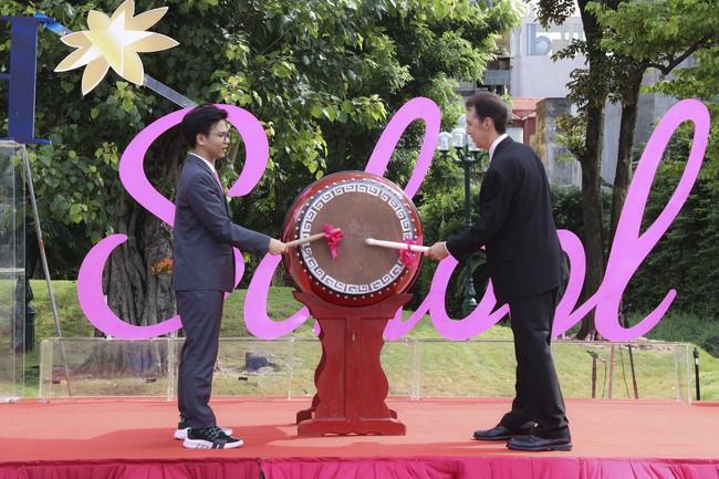 Buổi lễ khai giảng đẳng cấp, ngập sắc hồng của TH School - ngôi trường quốc tế hiện đại nhất thủ đô Hà Nội - Ảnh 11.