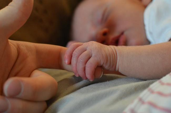 Mẹ bầu có thể sinh ra những đứa trẻ bị khuyết tật trí tuệ nếu quá trình mang thai phát hiện 1 trong những vấn đề sau - Ảnh 4.