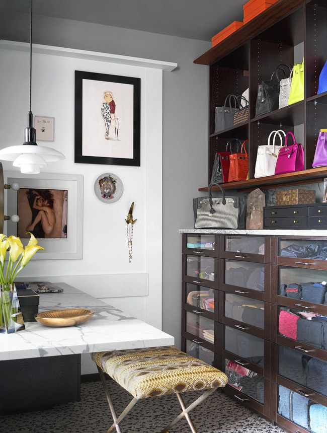 Ngắm thiết kế tủ quần áo của stylist nổi tiếng khiến bạn ngỡ như mình bước chân nhầm vào cửa hàng thời trang - Ảnh 3.