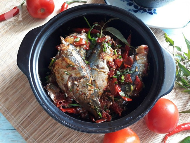 Cá nục kho cà chua đậm đà ngon cơm - Ảnh 6.