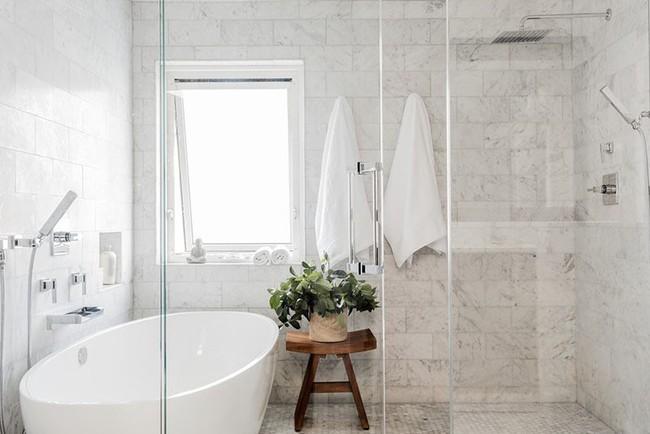 Lý do khiến không gì có thể thay thế được chiếc vòi hoa sen trong phòng tắm gia đình - Ảnh 14.