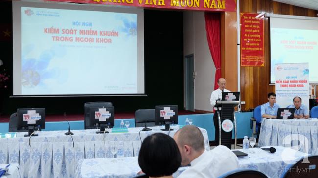 Bé gái 32 tháng tuổi nhiễm trùng nặng sau tiêm ngừa và con số báo động: 55% nhân viên y tế tại Việt Nam chưa biết tiêm an toàn - Ảnh 1.