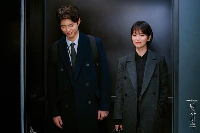 Với 4 tips diện đồ ai cũng học được, Song Hye Kyo vừa hóa nữ thần công sở lại cưa đổ trai trẻ trong Encounter - Ảnh 6.