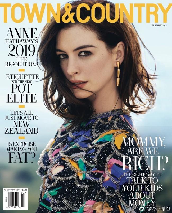 Lại một lần nữa, Anne Hathaway khiến dân tình đứng tim với khí chất như nữ hoàng khi xuất hiện trên tạp chí - Ảnh 1.