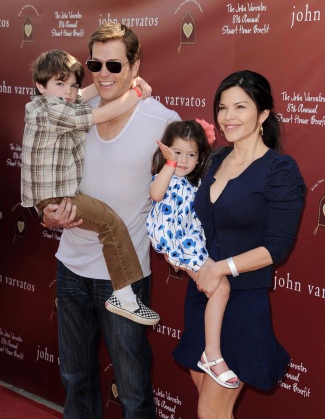 Người thứ 3 chen vào hôn nhân 25 năm của tỷ phú Amazon: Sự nghiệp lừng lẫy và từng là vợ bạn thân Jeff Bezos - Ảnh 4.