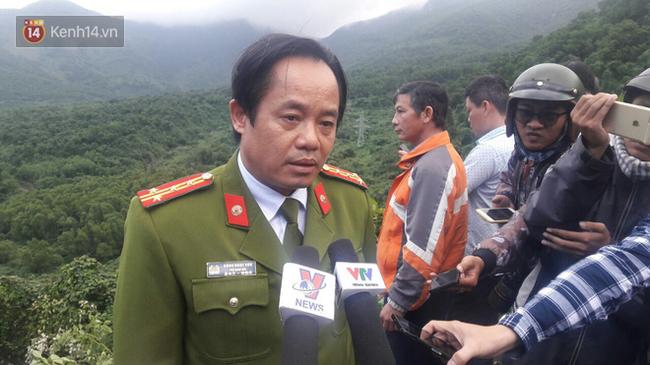 Xem xét khởi tố vụ xe khách chở hơn 20 sinh viên lao xuống vực trên đèo Hải Vân - Ảnh 1.