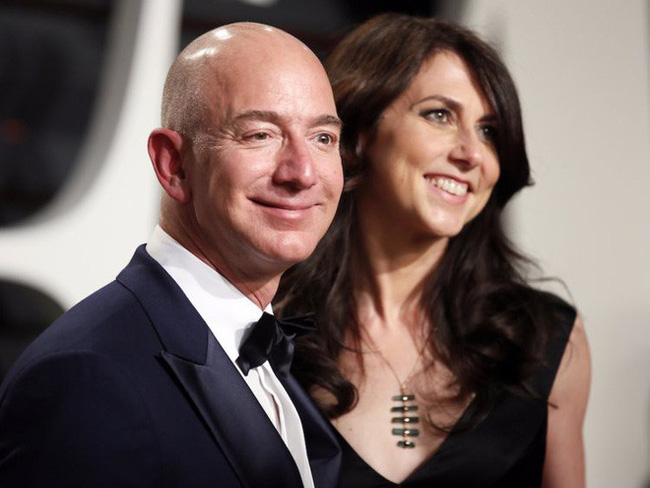 Hãy quên 66 tỷ đô và vụ ly hôn ầm ĩ, cứ tin vào hôn nhân của bạn dù chồng lười không biết rửa bát - Ảnh 2.