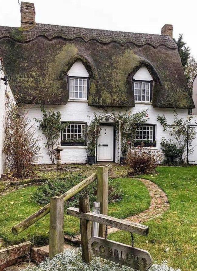 10 ví dụ về ngôi nhà tranh cho thấy nhà đẹp như cổ tích là hoàn toàn có thật - Ảnh 1.
