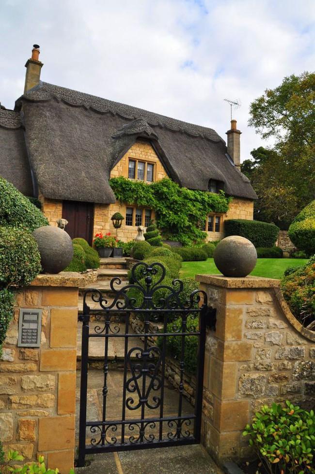 10 ví dụ về ngôi nhà tranh cho thấy nhà đẹp như cổ tích là hoàn toàn có thật - Ảnh 4.