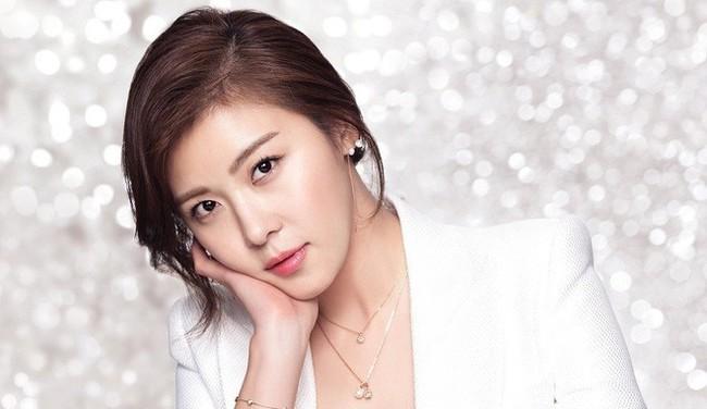 Ha Ji Won khiến khán giả choáng váng khi mới bỏ vai phim này đã vội nhận ngay phim khác - Ảnh 1.