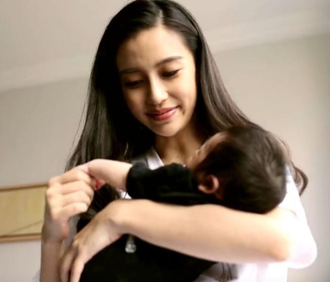 Hậu ồn ào ly hôn, Angelababy tiết lộ điều ngọt ngào về con trai 2 tuổi  - Ảnh 2.