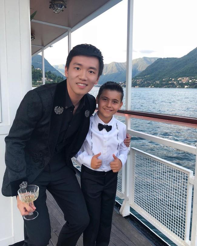 Profile khủng của dàn thiếu gia tỷ phú giàu nhất Châu Á: Người tốt nghiệp ĐH số 1 thế giới, kẻ là thần đồng Toán học - Ảnh 3.