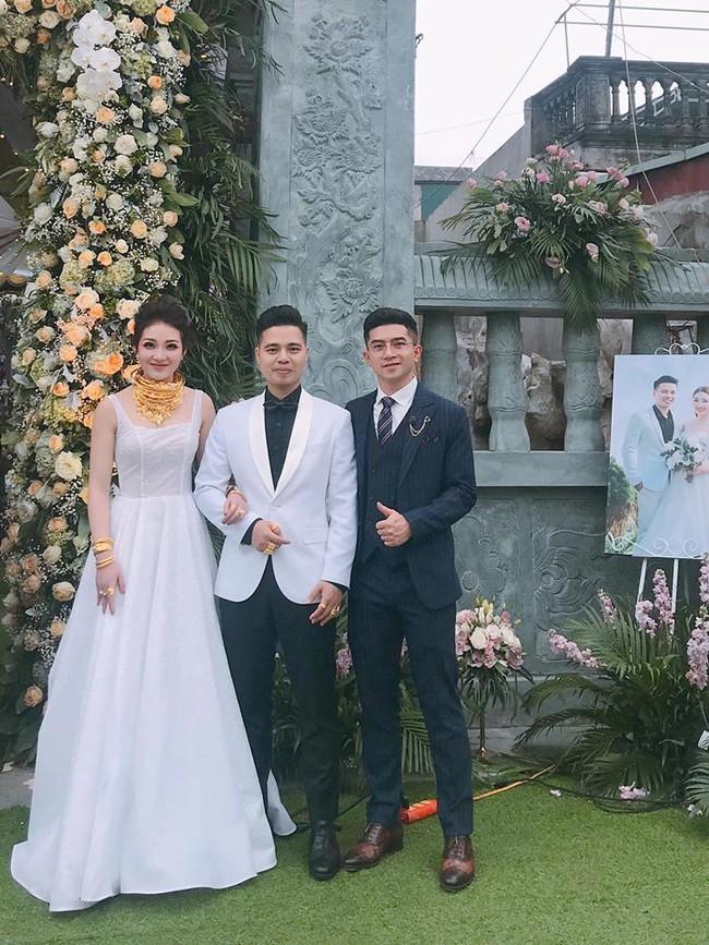 Nhan sắc lộng lẫy, gia thế đáng gờm của cô dâu sống trong lâu đài, đám cưới ngập vàng ở Nam Định - Ảnh 4.