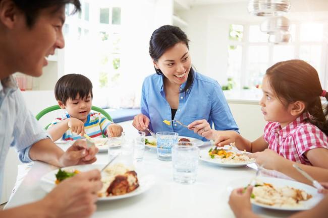 Con quá cứng đầu không chịu nghe lời thì đây chính là cách để cha mẹ khắc phục tính xấu này của con - Ảnh 3.