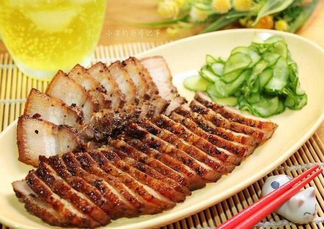 Món thịt heo chiên thơm lừng vàng ươm dễ ợt này tôi học được của người Tàu, cả nhà ai ăn cũng khen nức nở - Ảnh 6.