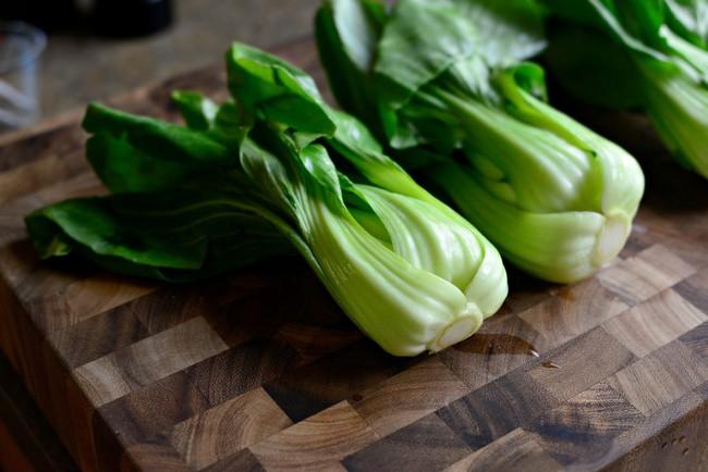 Bất ngờ với những công dụng siêu tuyệt vời của rau cải chíp, tốt cho cả người trẻ lẫn người già - Ảnh 6.