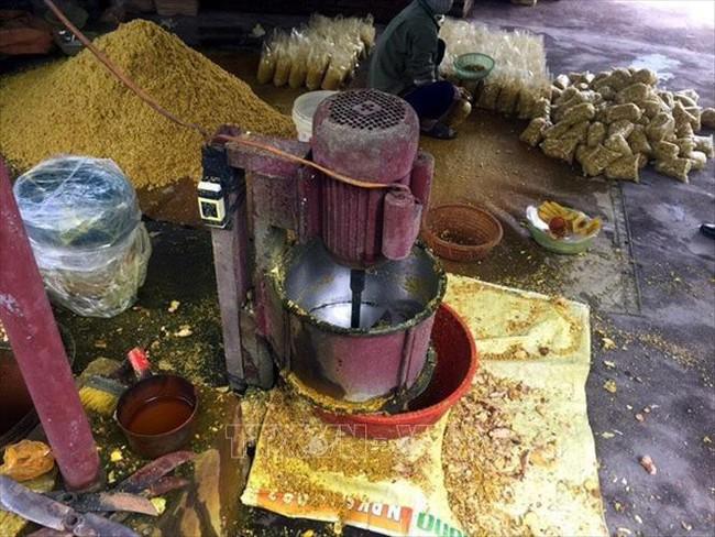 Phát hiện cơ sở trộn lưu huỳnh vào riềng xay sẵn, chuyên gia cảnh báo nguy hại của thực phẩm chứa lưu huỳnh - Ảnh 1.