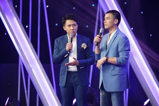 Fan Người ấy là ai? tố chàng trai màu tím trong tập của Hương Giang từng ôm hôn nữ chính của show hẹn hò khác - Ảnh 2.