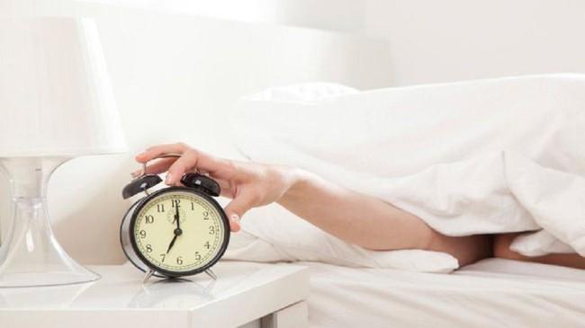 Vào ngày lạnh, đừng quên làm những việc này để có giấc ngủ ngon - Ảnh 1.