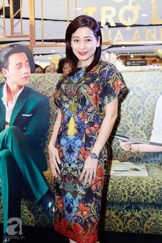 Đông đảo sao Việt nô nức đến chúc mừng chị trợ lý Mỹ Tâm cùng Mai Tai Phến - Ảnh 23.