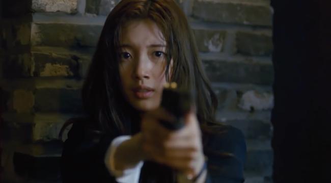Suzy bắn súng cực ngầu, thực hiện những cảnh quay đầy mạo hiểm trong phim mới - Ảnh 3.