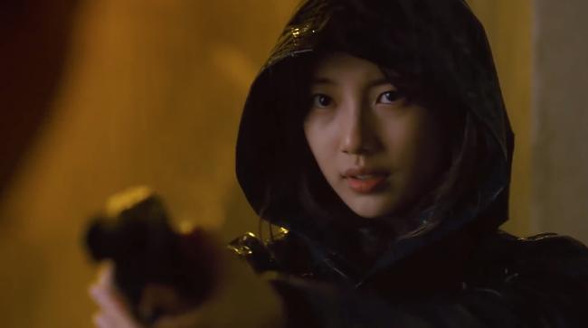 Suzy bắn súng cực ngầu, thực hiện những cảnh quay đầy mạo hiểm trong phim mới - Ảnh 9.