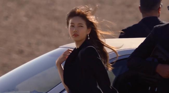 Suzy bắn súng cực ngầu, thực hiện những cảnh quay đầy mạo hiểm trong phim mới - Ảnh 8.